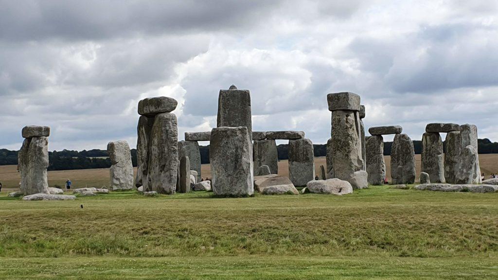 Blick auf den berühmten Steinkreis von Stonehenge